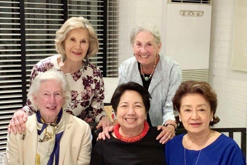 Reunion of US  ambassadors� wives
