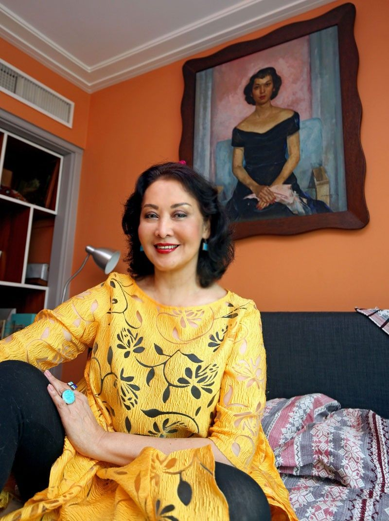 Art, history, books and cats reign in the home of Gemma Cruz Araneta