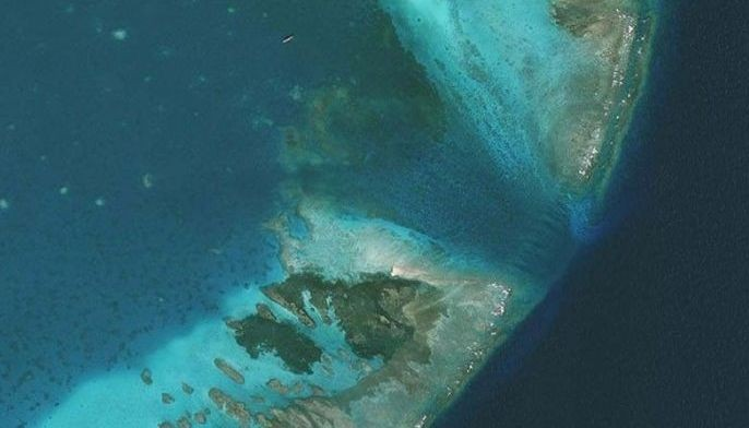 FILE �  Chinese fishermen harvesting giant clams in Scarborough Shoal destroyed coral reefs in the process.