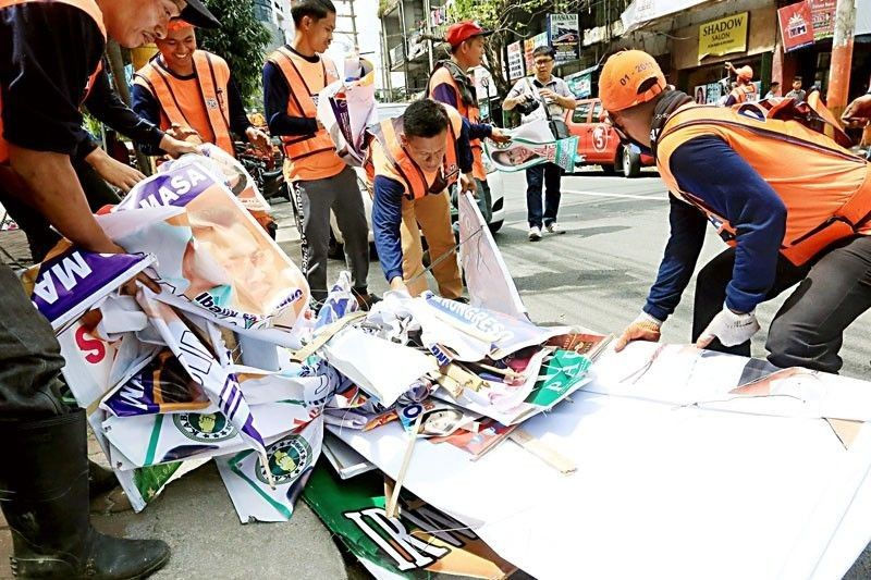 Candidates given  2 days to dismantle illegal posters
