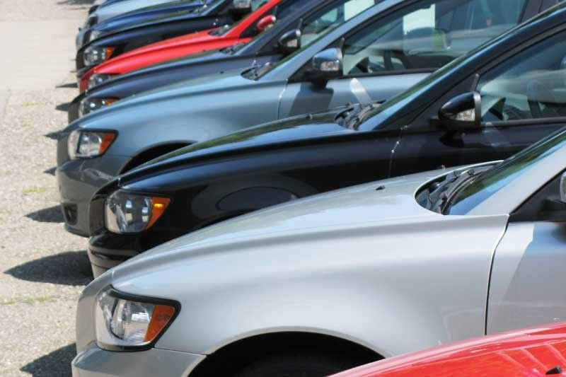 Vehicle sales rise 14% in March