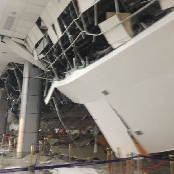 Contributed photo shows a structure at Clark International Airport in Pampanga following the Magnitude 6.1 quake that hit Castillejos, Zambales on Monday, April 22, 2019. The photo has been independently verified