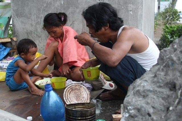 Hungry Pinoy families down in Q1 — SWS