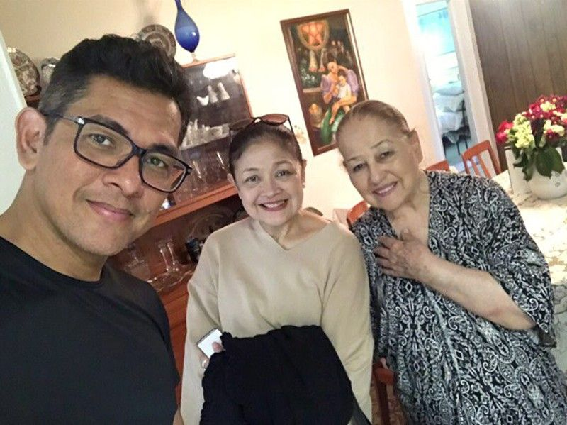 Gary V's mom was the perfect endorser for unconditional love