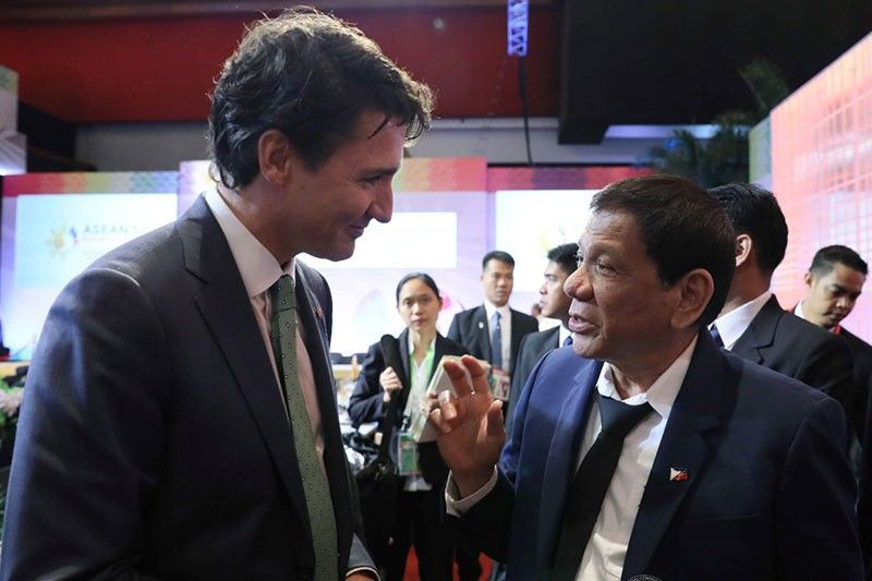 Philippines insists on sending back trash to Canada first