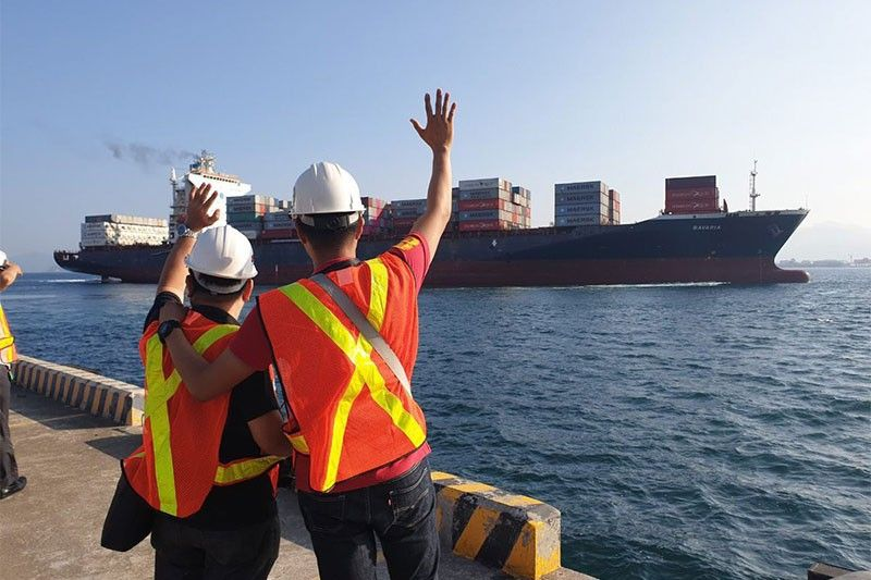 Imported Trash Sails Back To Canada After 6 Years