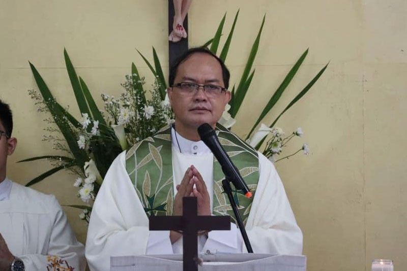 Bishop David says he 'briefly' met Advincula but referred him to other people