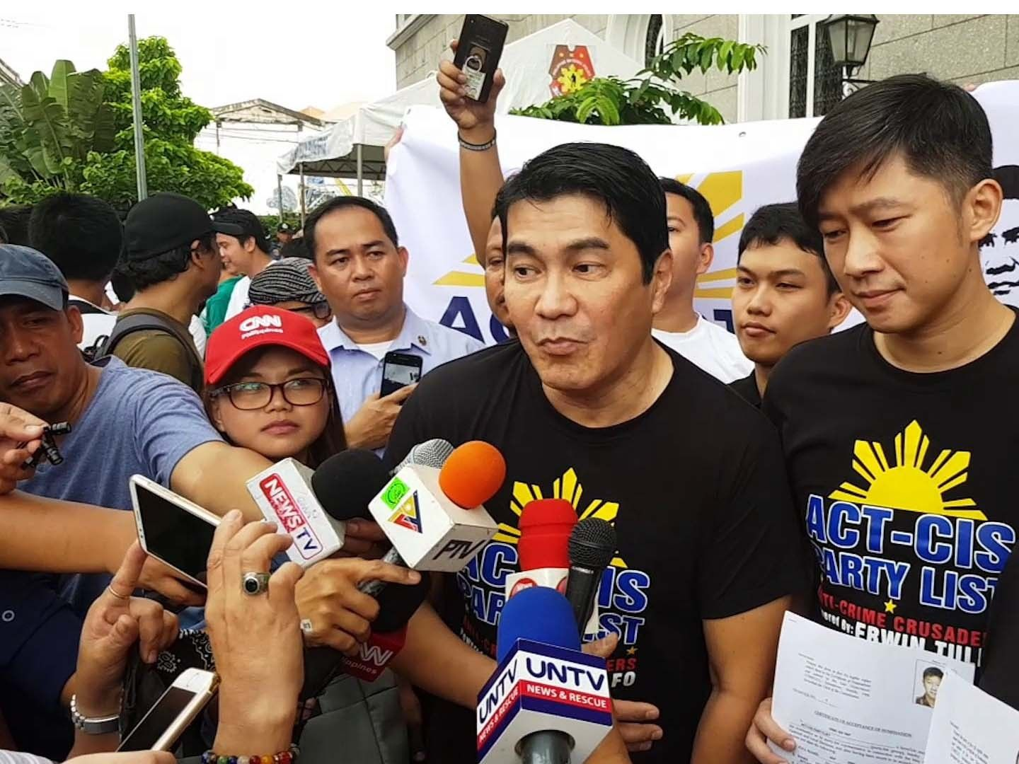 PNP: Erwin Tulfo abroad, can't turn guns over yet | Philstar.com