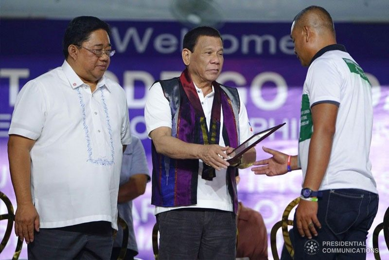 Duterte urges NPA anew to return to the fold of law