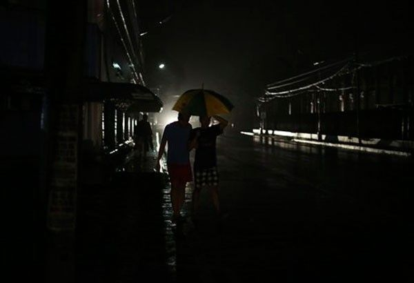 Blackouts hit Luzon as grid on red alert anew