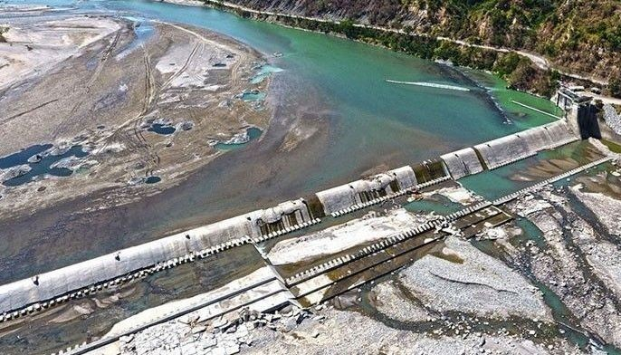 In a joint briefing yesterday, the Philippine Atmospheric, Geophysical and Astronomical Services Administration (PAGASA) said the water level in Angat Dam would normalize at 180 meters by September or October, given the rain situation over the past days.