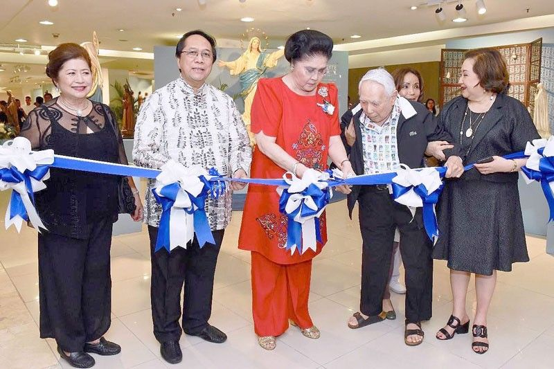 Rustan�s holds Talleres de Maximo Vicente sale and exhibit