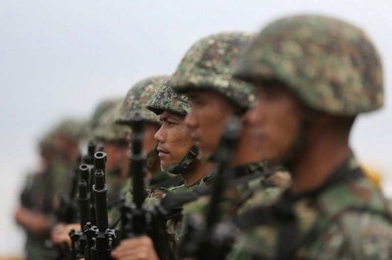 �Soldiers not loyal  to Duterte must resign�