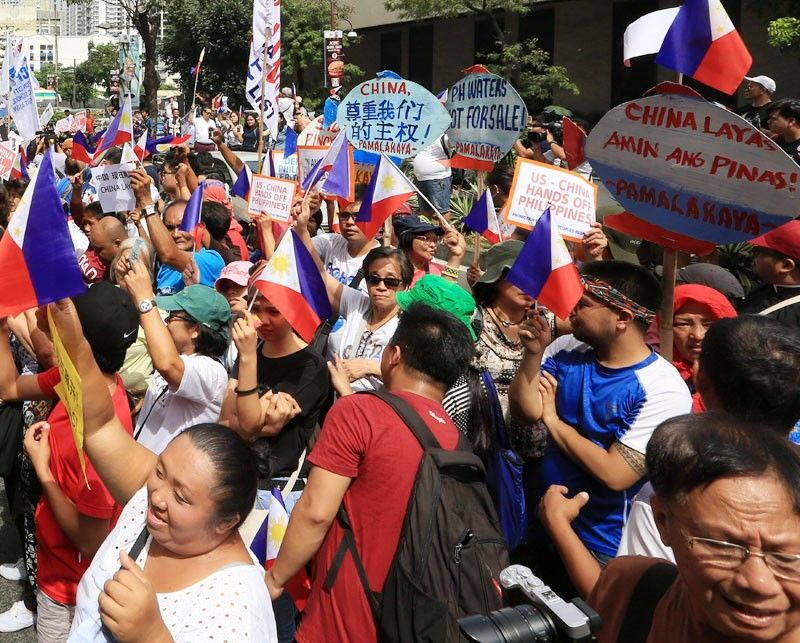 93% of Pinoys say Philippines must regain  China-occupied islands