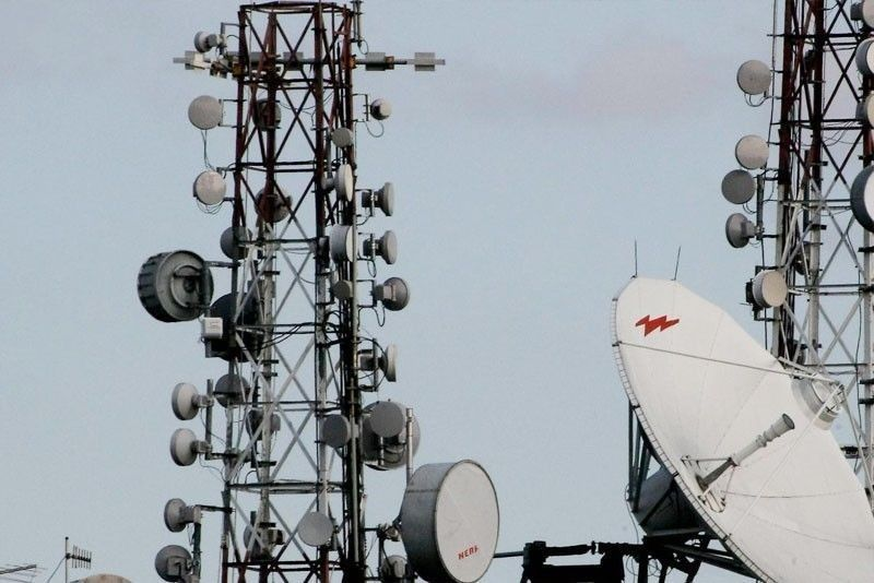 Amid security concerns over third telco, military says Globe, Smart have towers in bases