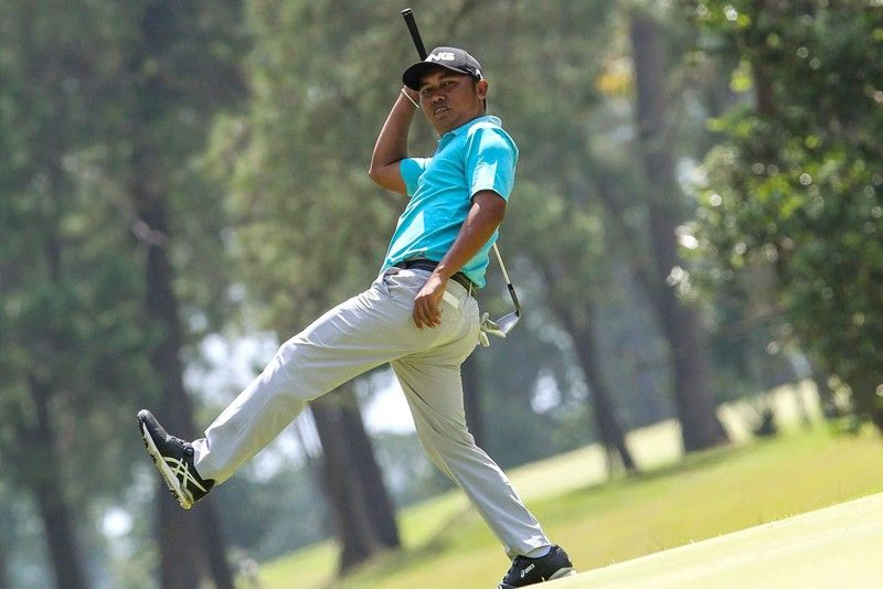 Jhonnel Ababa 4 strokes up on hometown bets