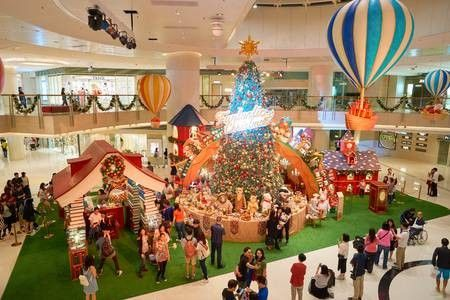 LIST: 6 reasons why malls remain a go-to place for Pinoys during holidays