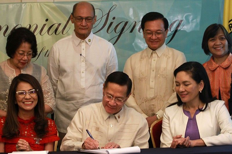 DOH chief signs IRR of Universal Health Care