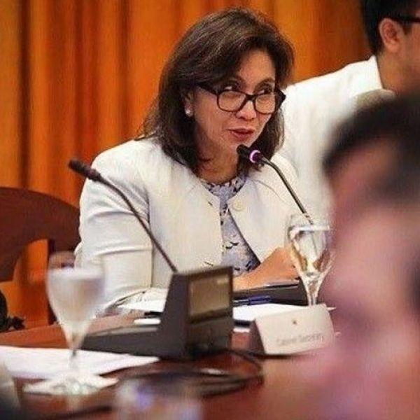 Robredo�s lawyers filed a 23-page manifestation asking the PET to uphold the rules in resolving the electoral protest filed by former senator Ferdinand �Bongbong� Marcos.