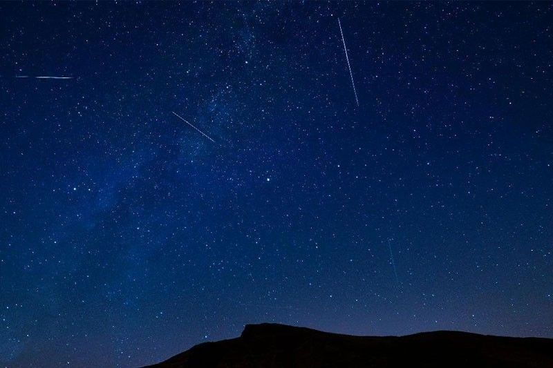 Meteor showers visible tonight