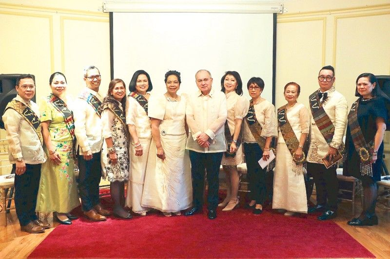 Outstanding US-based Filipino nurses recognized
