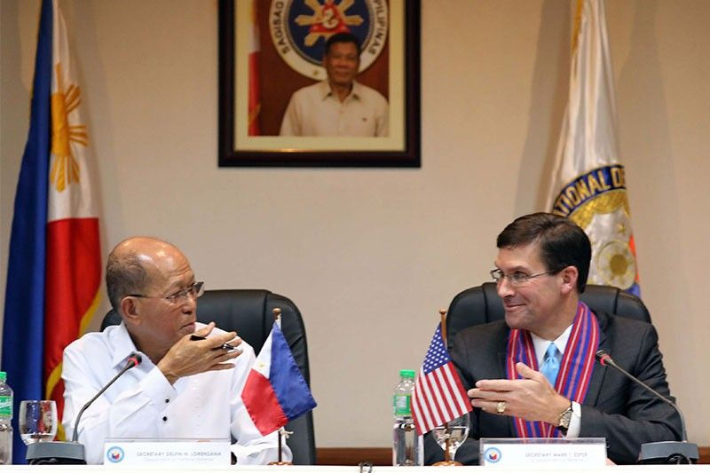 Lorenzana, US Defense chief discuss South China Sea, anti-terrorism efforts