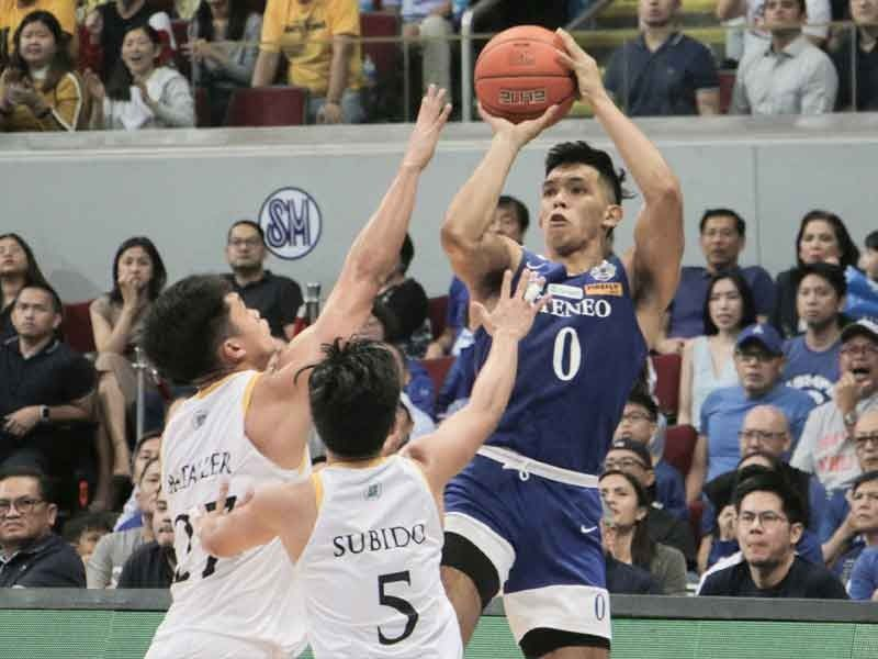 Eagles hold off Tigers, sweep way to UAAP three-peat