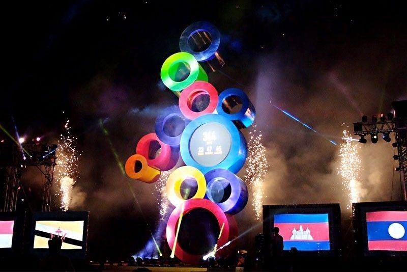 Disaster in the making? Volunteers cry foul as Philippines' SEA Games hosting nears