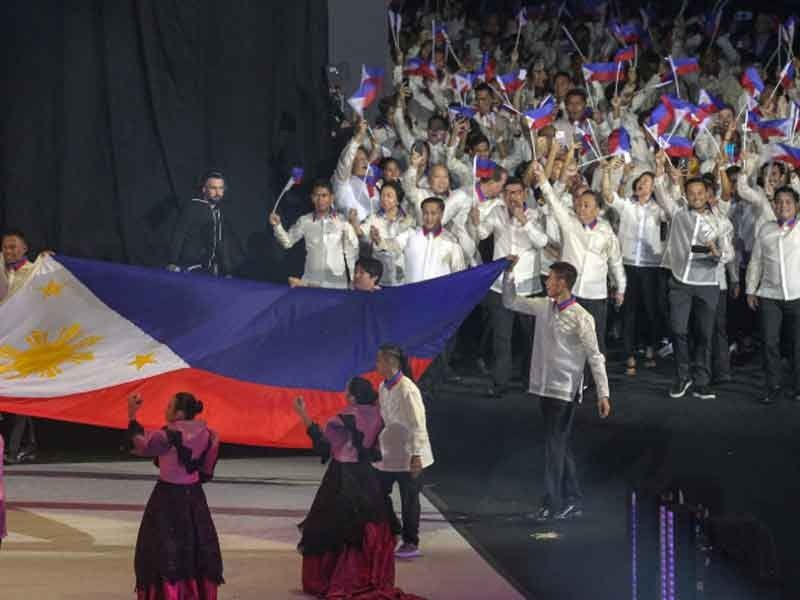 30th SEA Games ushered in to grand rites, fireworks