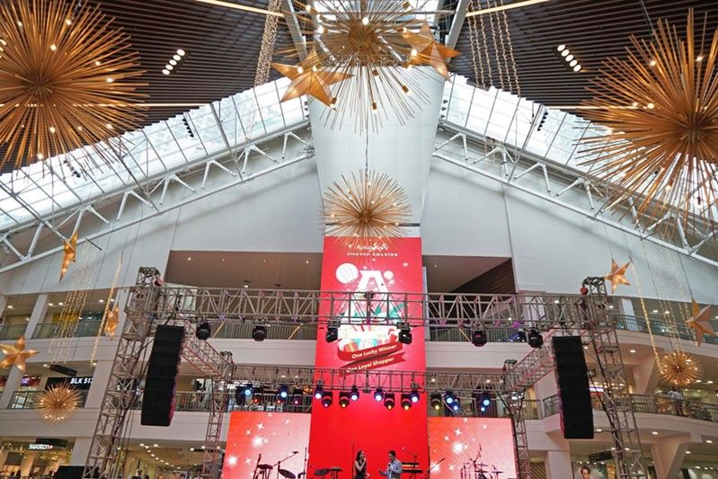 A touch of tropical, a touch of floral at new Glorietta Activity Center