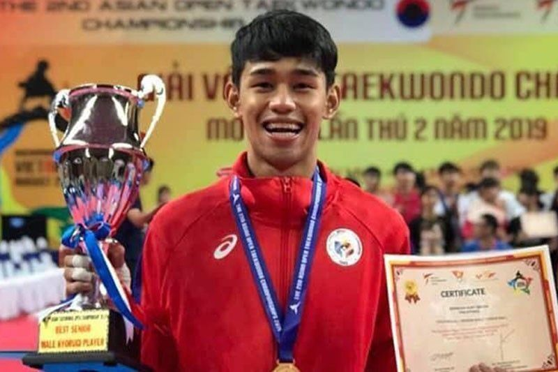 Barbosa rocks crowd, produces one final gold for Philippine taekwondo in SEA Games