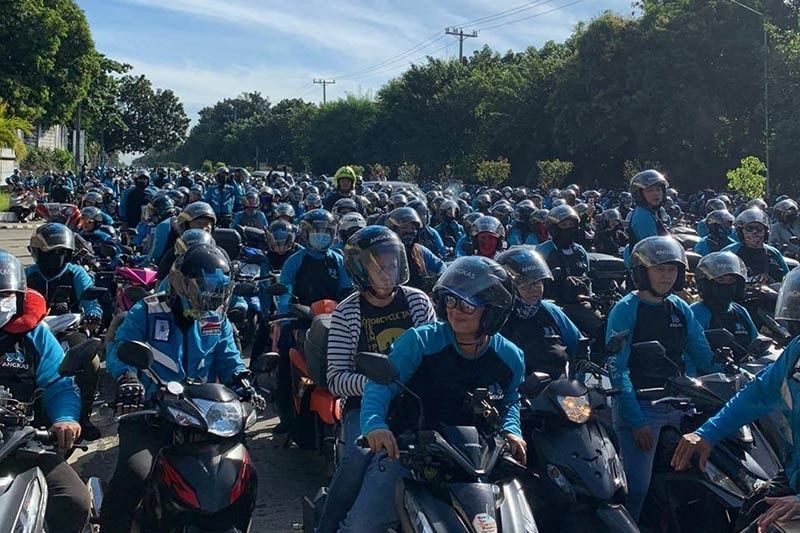 Motorcycle taxis need Congress resolution to resume operations � Palace