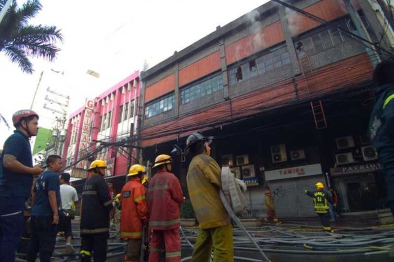Fire hits building in front of FEU
