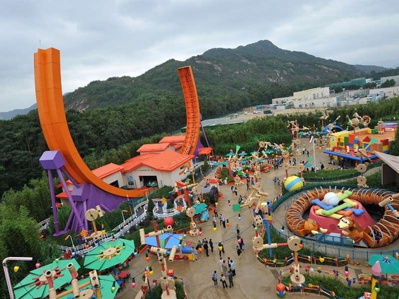 Hong Kong Disneyland closing over novel coronavirus fears