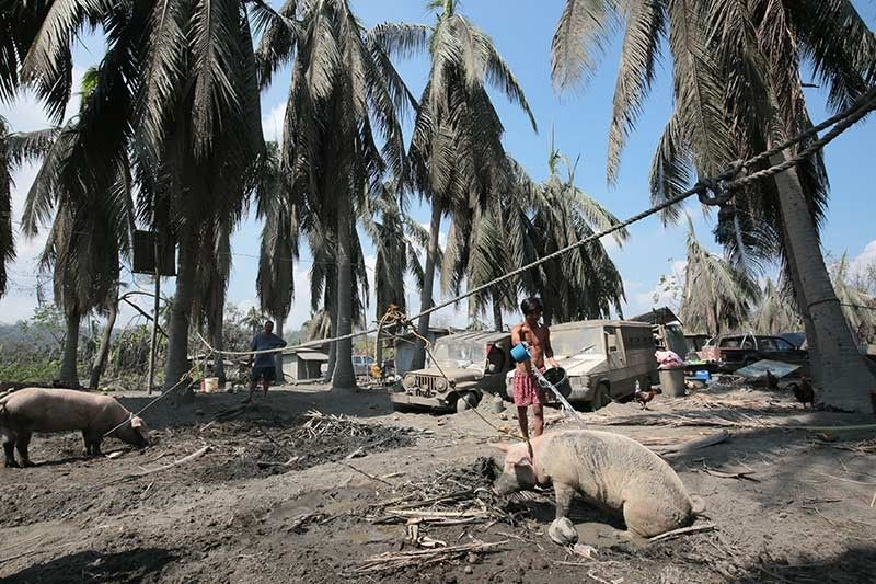 Thousands still in shelters as Alert Level 3 remains over Taal
