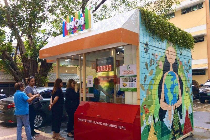 Quezon City opens condiment refilling station
