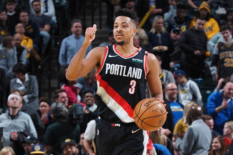 Portland's McCollum avoids autographs due to virus outbreak