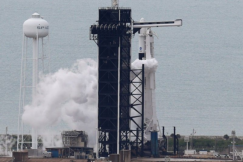 SpaceX, NASA delay milestone mission due to bad weather