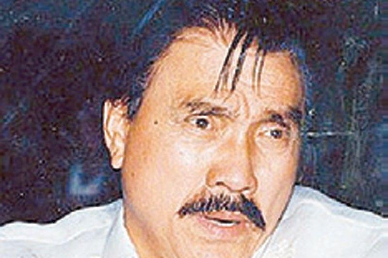 Revilla Sr., senator, film�s Agimat, 93