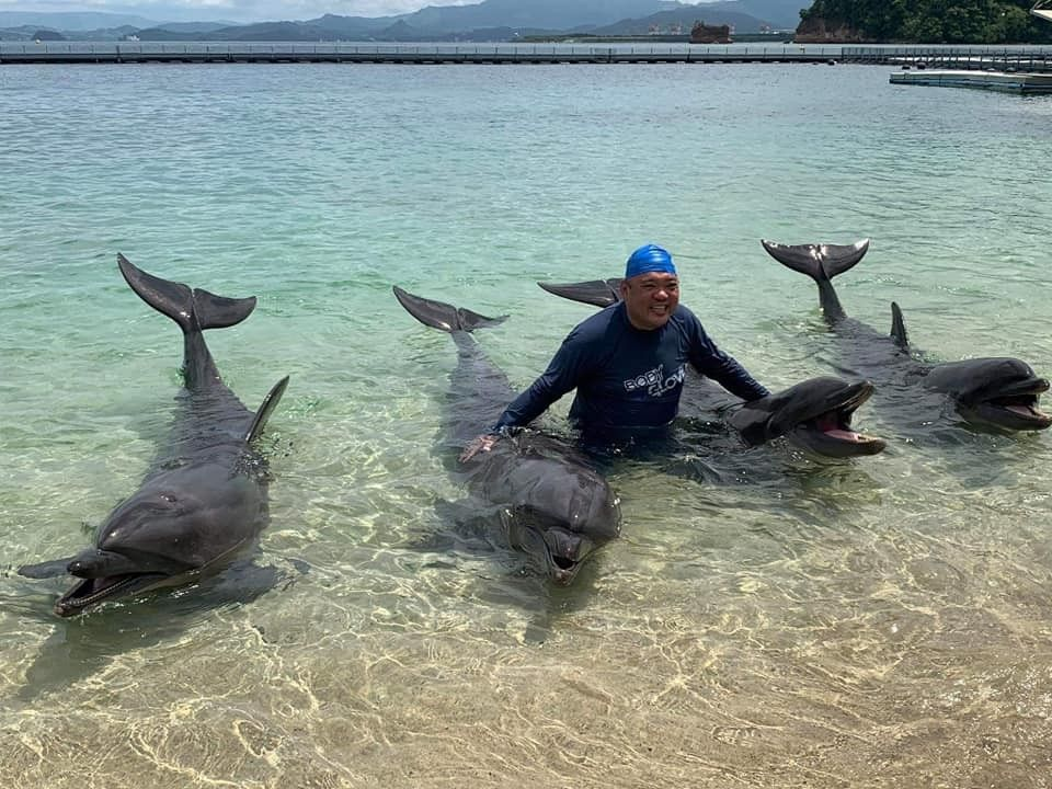 Roque, who scolds Filipinos for being 'pasaway', justifies 'side trip' to dolphin park