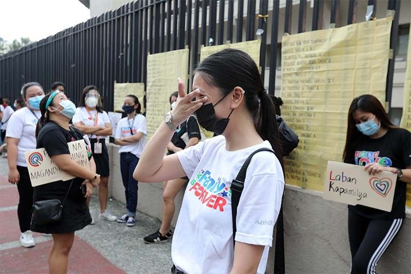 Groups urge 'concrete actions' against barriers on World Press Freedom Day