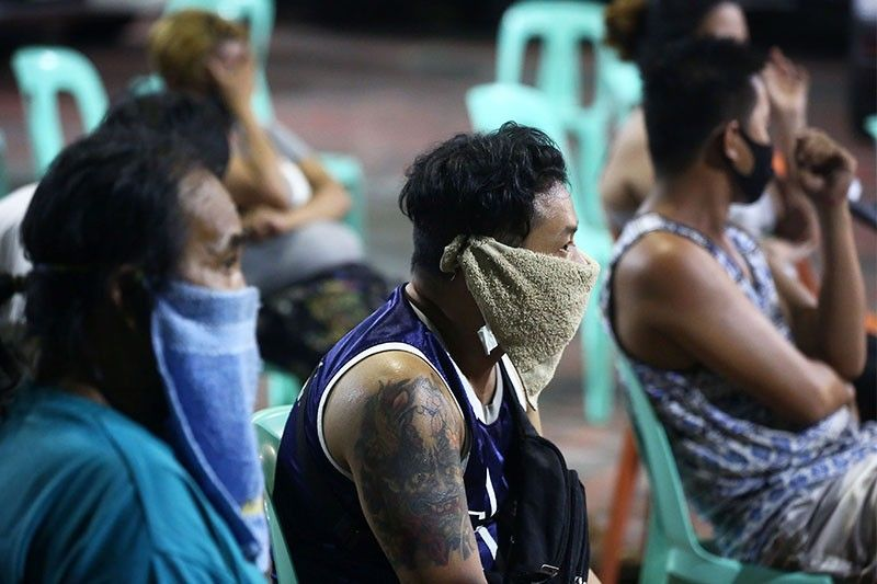DILG advises poor families to wear face masks at home