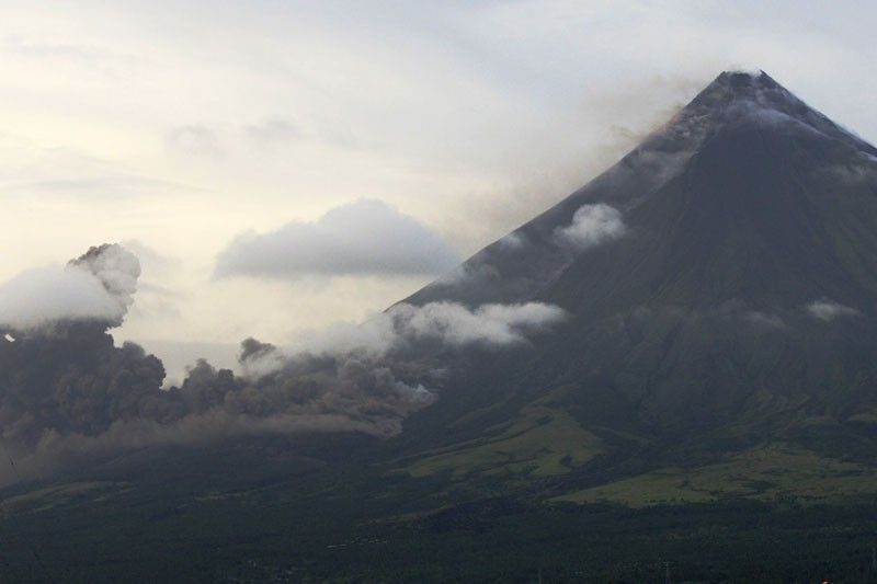 Mayon Volcano's status lowered to Alert Level 1