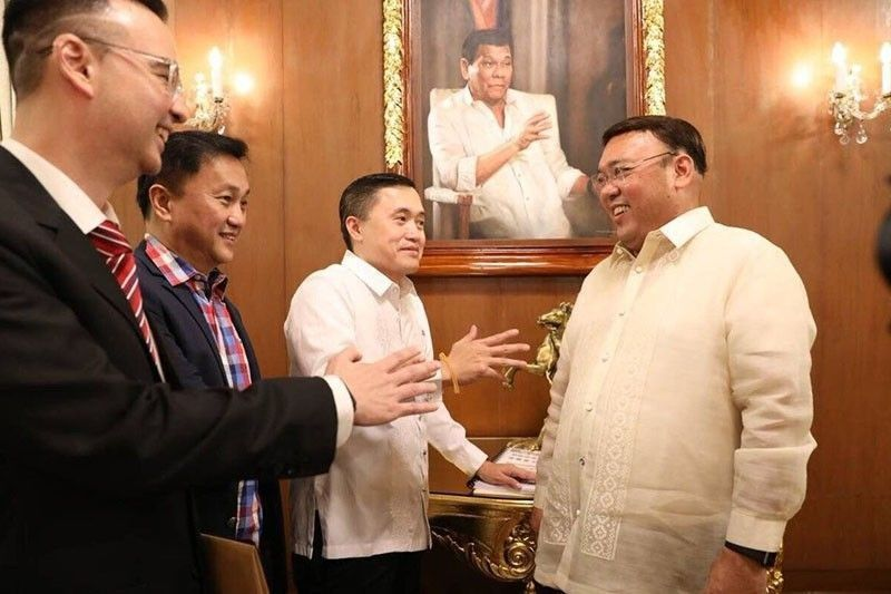 Challenge lawmakers to pass anti-political dynasty bill instead, Roque tells Pangilinan
