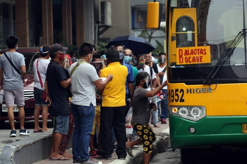 More jeepneys and buses on the road 'but far from sufficient' �  transport workers, advocates