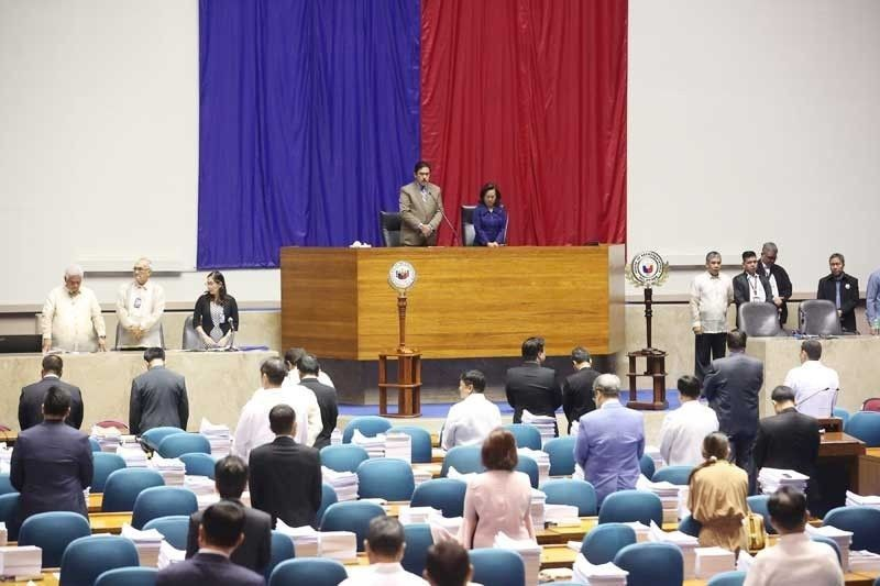 Senate, House slam PhilHealth probe report