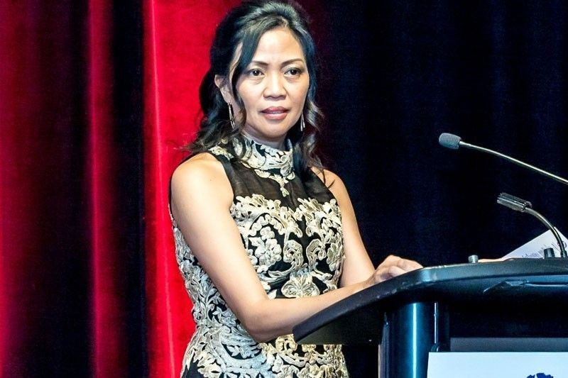 Tributes pour for UK's first Pinay mayor Cynthia Alcantara Barker's passing