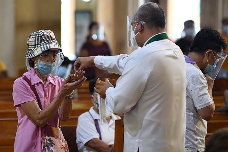 COVID-19 infections in Philippines rise to 294,591