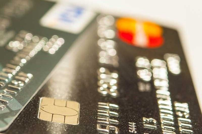 BSP sets cap on credit card charges