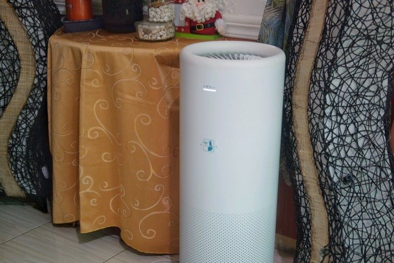 Filtering out bacteria and pollutants from the air in your home with Lifa LA500V